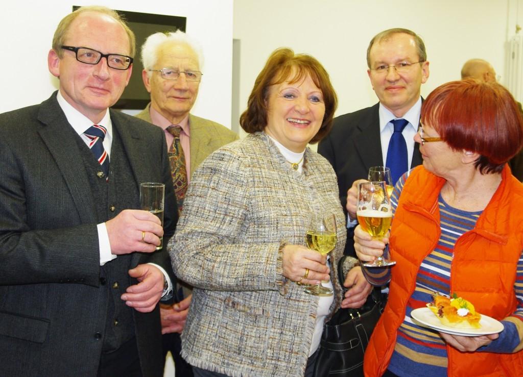 Sabine Leutheusser-Schnarrenberger mit Alex Kohler, Adolf Mödl, Günther Hagenheimer und Uli Rauscher (von links) beim 2013er Neujahrsempfang der FDP in Gunzenhausen.
