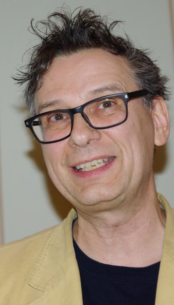 Dr. Pierre Leich