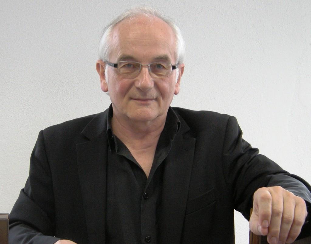 Vorsitzender Dr. Johann Schrenk.