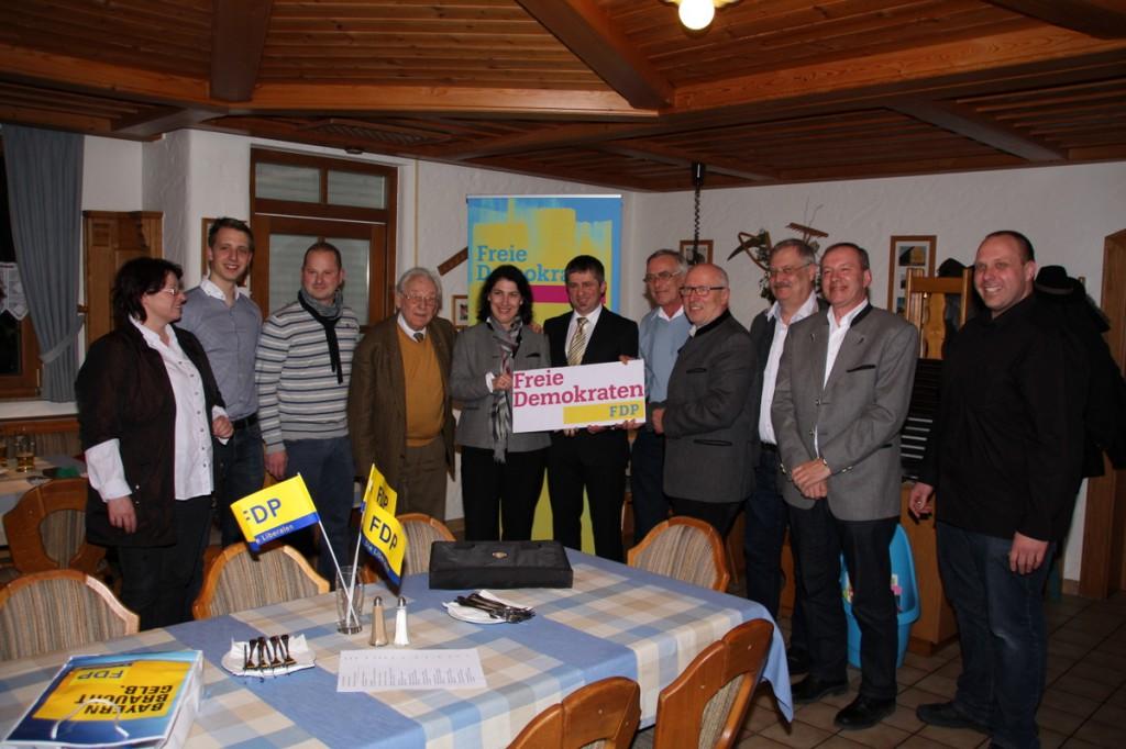 Von links: Meyer (Fürth),..., Stefan Hanel, Hans Rösler, Thomas Vollmar, Rlf Thiering, Werer Falk, Johann Saalbaum, Günther Hagenheimer und Pierre Horrolt.  Foto: FR Presse